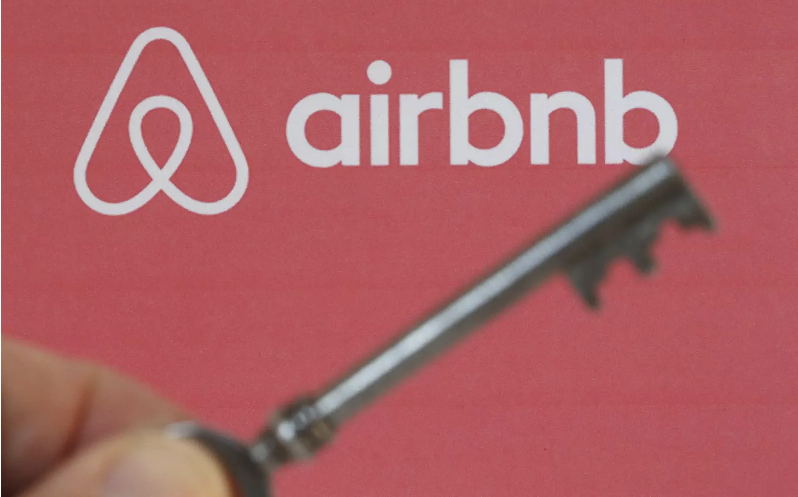 More than 1 in 10 Airbnb guests have found hidden cameras